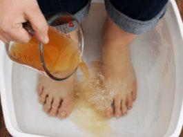Избавьте с легкостью своё тело от токсинов и болезней, просто поместив ноги в этот раствор на 20 минут!